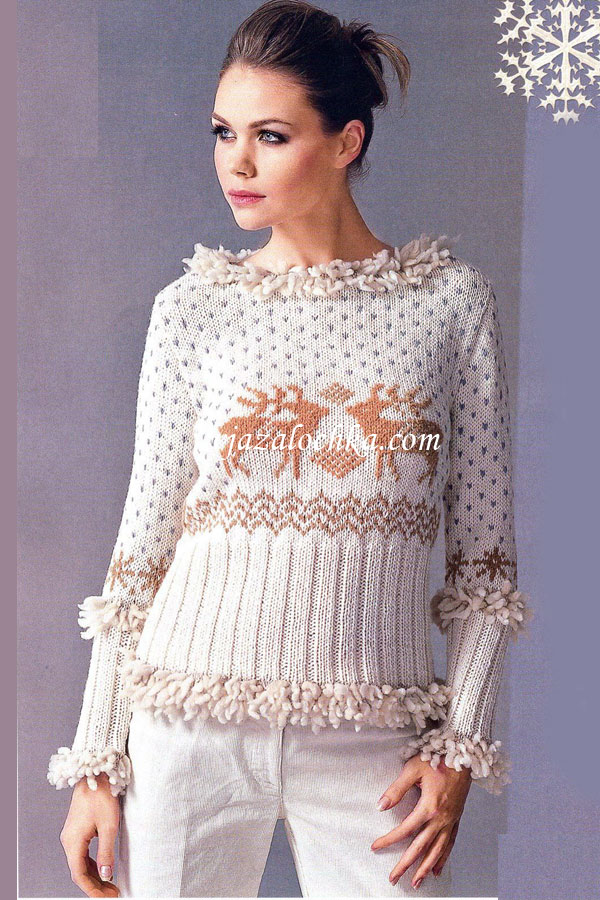 Вязаный свитер с вышивкой \